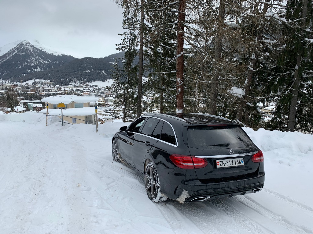 Limousine transfer to WEF Davos
